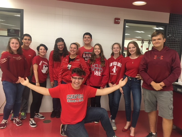 Students+wear+red+to+support+the+Bison+football+team.