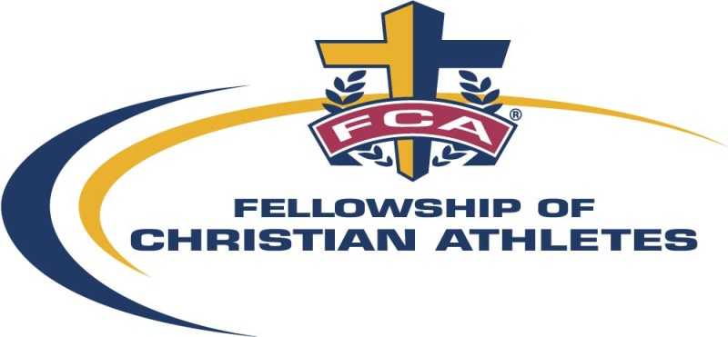 The+Fellowship+of+Christian+Athletes+partake+in+3+on+3+basketball+tounrament