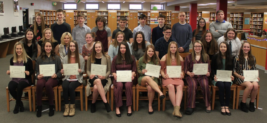 Pictured above are the inductees to the Spanish Honor Society