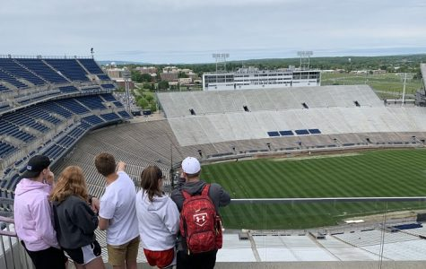Juniors take their class trip to Penn State University