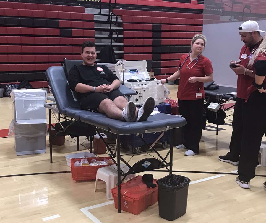 Landon+Libreatori+giving+blood