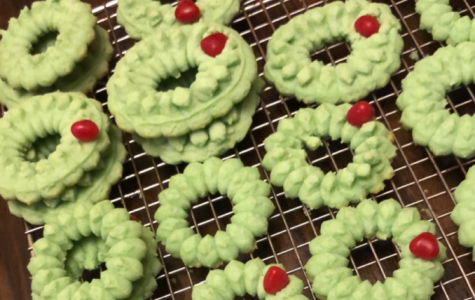 Enjoy these delicious Cream Cheese Wreath Cookies