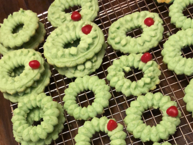 Enjoy these delicious Cream Cheese Wreath Cookies