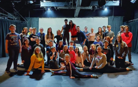 A group shot of the Aladdin Jr cast with the choreographers: Brandi Billiote and Trevor Sones