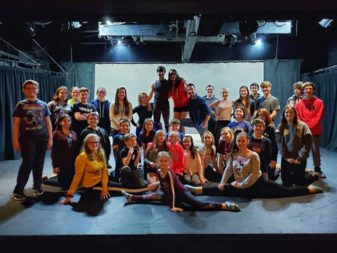 A group shot of the Aladdin Jr cast with the choreographers: Brandi Billiote and Trevor Sones