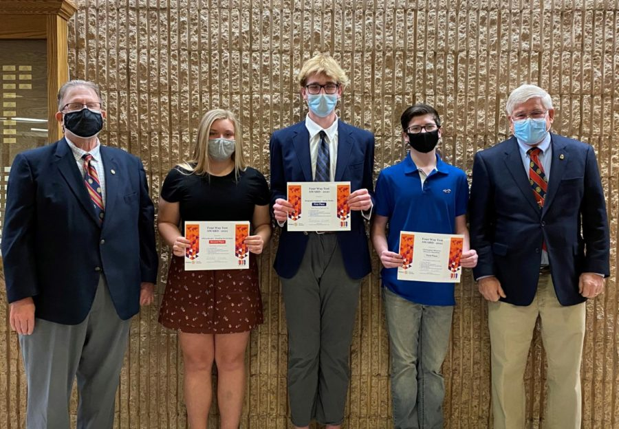 Leighow wins Rotary District 4-Way Speech Contest