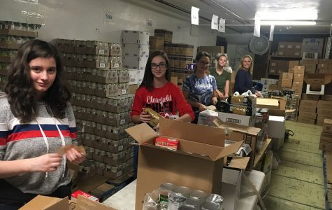 FCCLA volunteers at Trinity United Methodist Church Food Bank