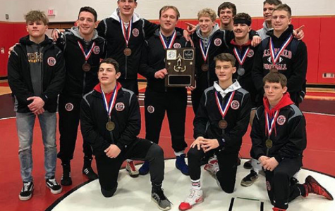 Clearfield Wrestling dominates districts
