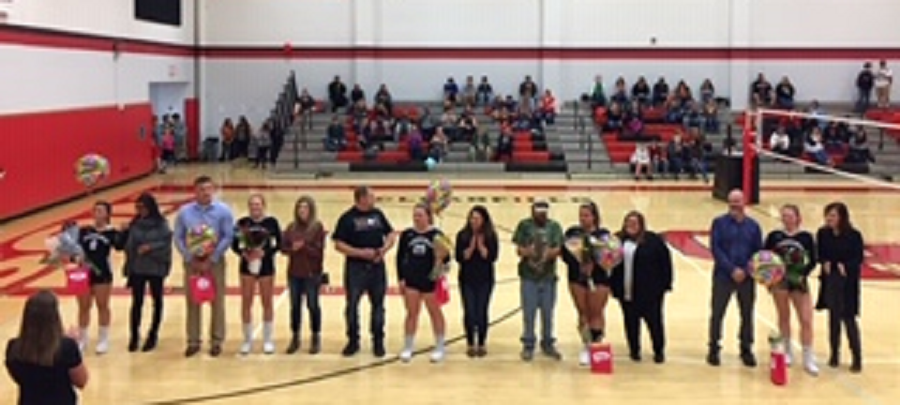 Senior+members+of+the+volleyball+team+were+honored+at+senior+night.