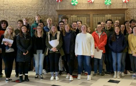 Spanish Honors Society teaches Spanish at elementary school